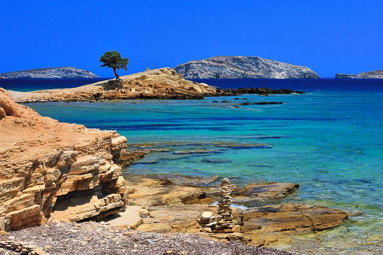 "lipsi - TOP 10 ""UNIQUE"" SMALL GREEK ISLANDS WORTH VISITING"