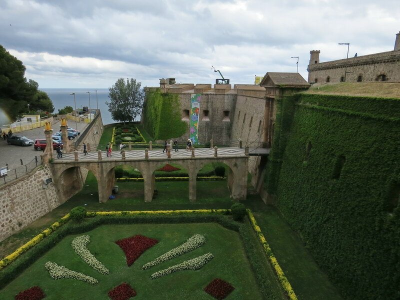 castle 800x600 - 3 Days in Barcelona: The Best Barcelona Itinerary