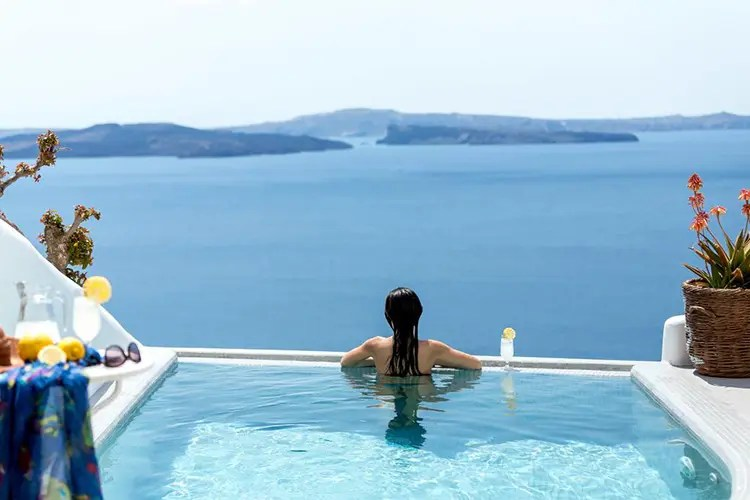 Filotera Suites 1 - How to Spend the Best Vacations in Santorini