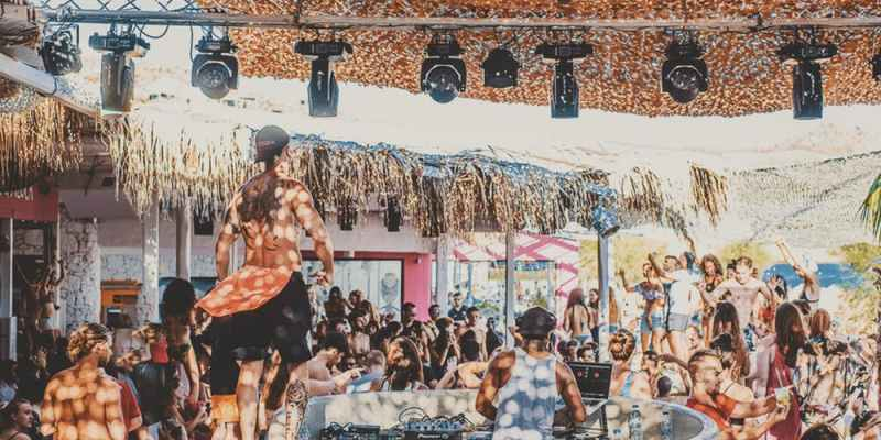 beach party mykonos - Mykonos vacation: top things to do and see