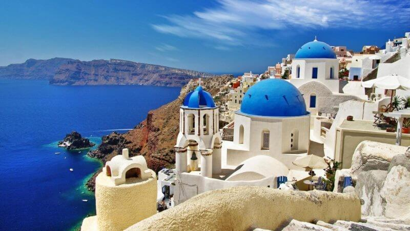 1 16084 03 800x450 1 - How to Spend the Best Vacations in Santorini
