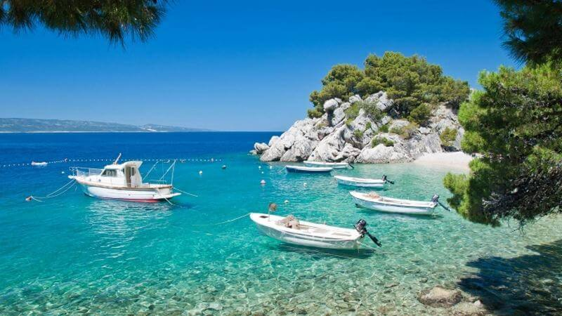 greece - How to Spend your Memorable Vacation in Greece in September