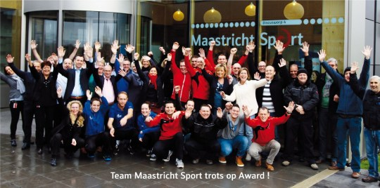 Foto Team MS trots op Award