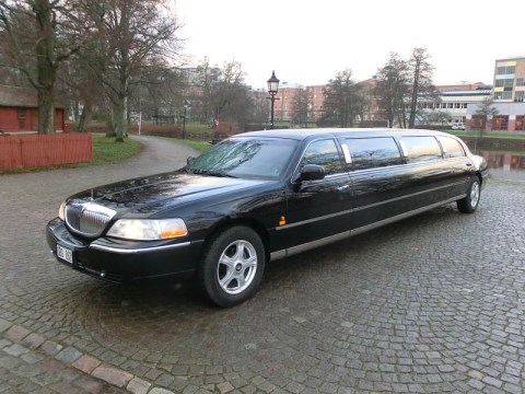 Lincoln Town Car Limo Stretch Limousine -03
