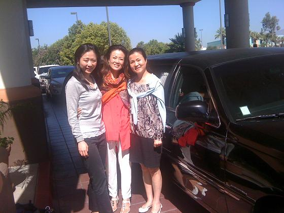 Pasadena Limousine Service for real estate agents, architects, models in Los Angeles County