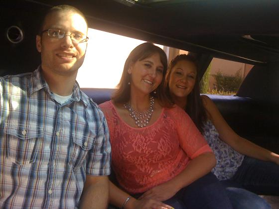 Los Angeles Limousine Service for birthday, anniversary, hourly rentals.