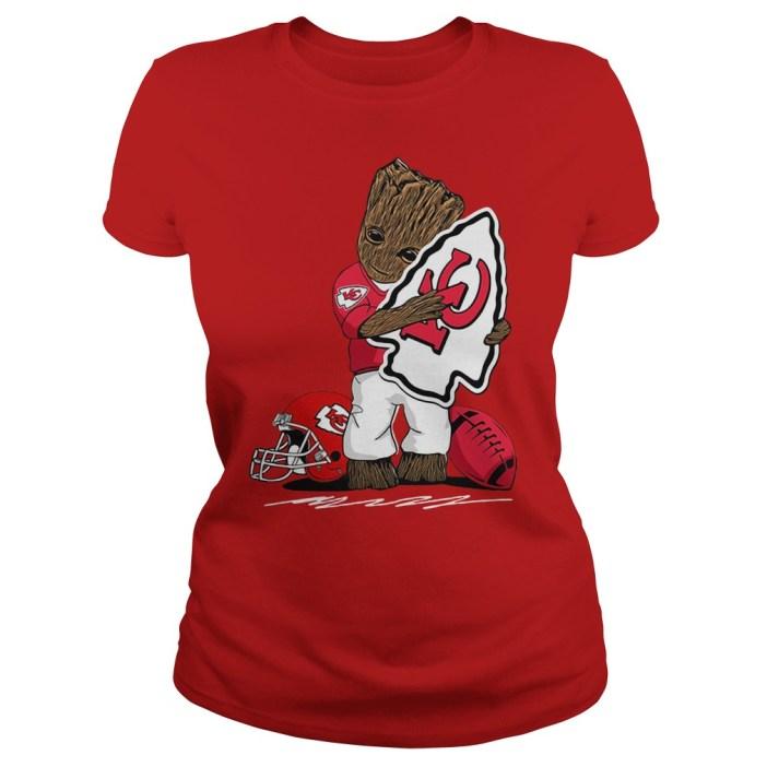 Baby Groot hug Kansas City Chiefs logo shirt