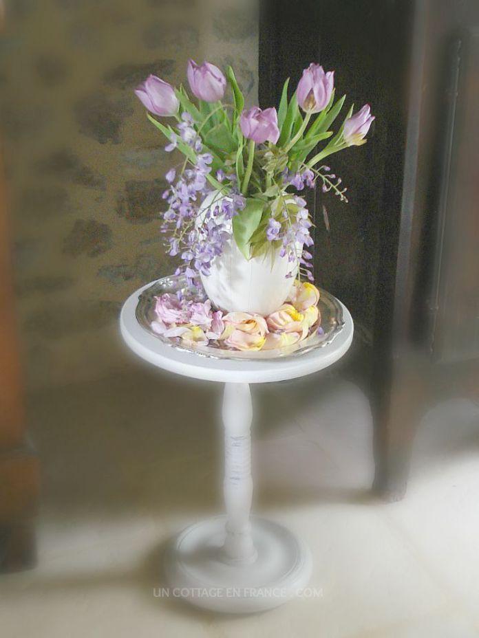 Les tulipes mauves et la glycine