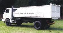 Caminhão Coletor Tipo Baú de 6 m³