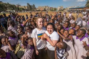 Jessica and Samina with students of Thawabu Primary School in Nairobi, Kenya.