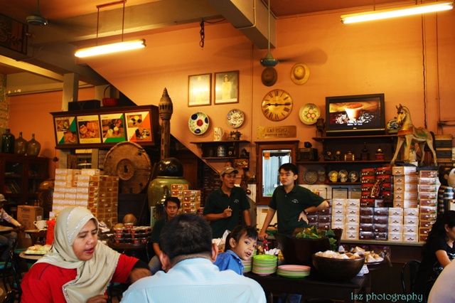 Kemaman Café… Hai Peng Kopitiam…海滨茶店… (3/6)