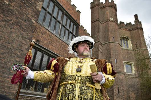 Henry Vlll outside Gainsborough Old Hall. Photo: Steve Smailes for Lincolnshire Reporter