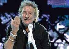 Rod Stewart donates £10k after railway club vandalism
