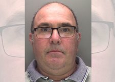 Married dad jailed after police paedophile sting