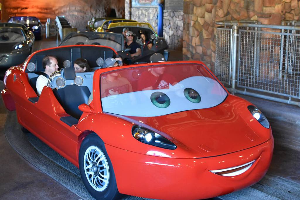 Disneyland California Adventure - Cars Land - Amusement Park Rides