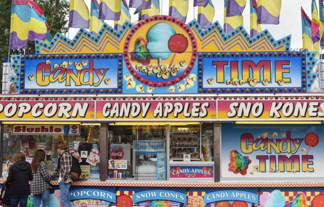 In Photos Carnival Concession Stands At K Days Linda