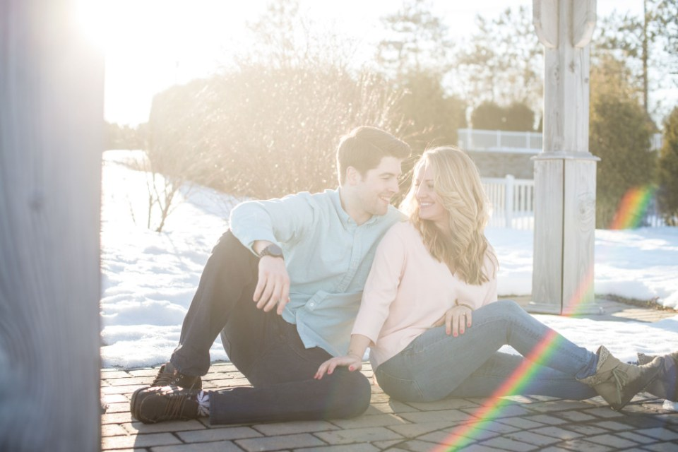 winter engagement session by Linda Barry Photography