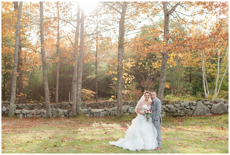 Melanie and Mike were married at Clay Hill Farm in Cape Neddick Maine. Click here to see more beautiful photos by Linda Barry Photography of their burgandy and navy wedding day! Vibrant fall wedding photos.