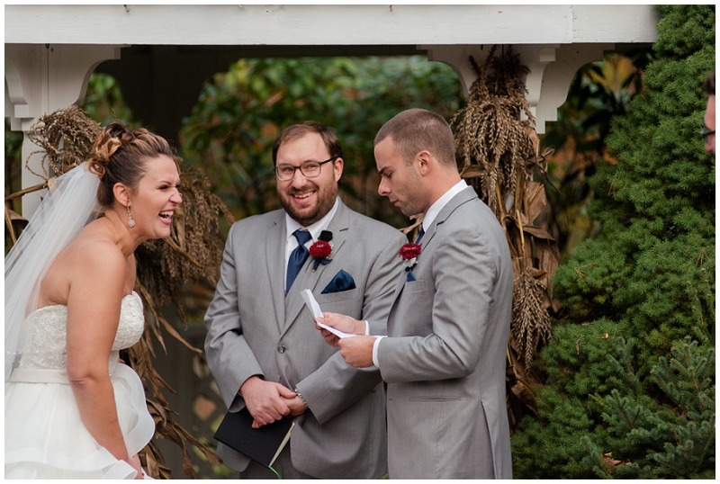 Melanie and Mike were married at Clay Hill Farm in Cape Neddick Maine. Click here to see more beautiful photos by Linda Barry Photography of their burgandy and navy wedding day! Outdoor wedding ceremony