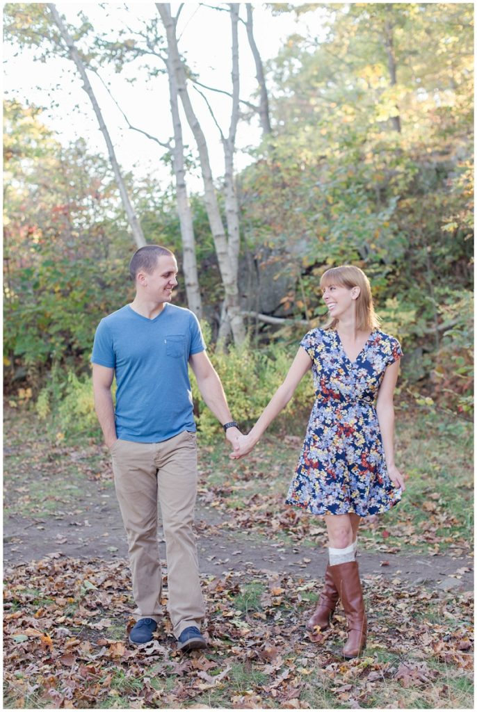 Fort Williams Maine Fall Engagement Photos by Linda Barry Photography.