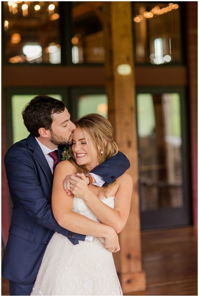 A summer wedding at the Barn at Gibbet Hill. Photos by Linda Barry Photography, a Boston based wedding photographer.