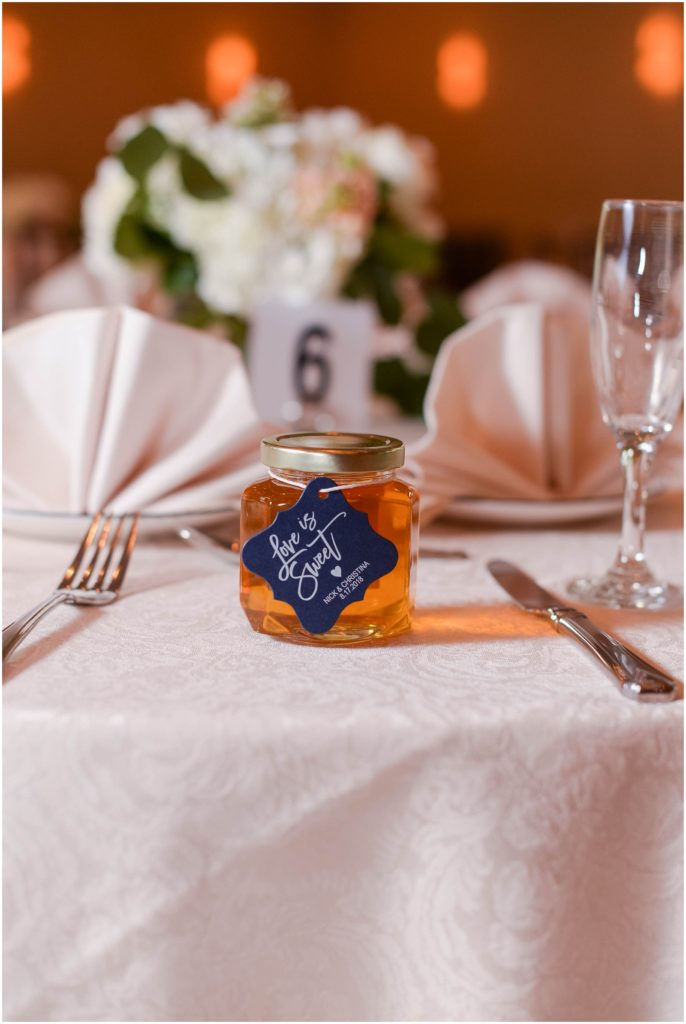 Love this idea for a wedding favor!