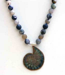 Blue-Fossil-with-Knotted-Agate-Beads-2