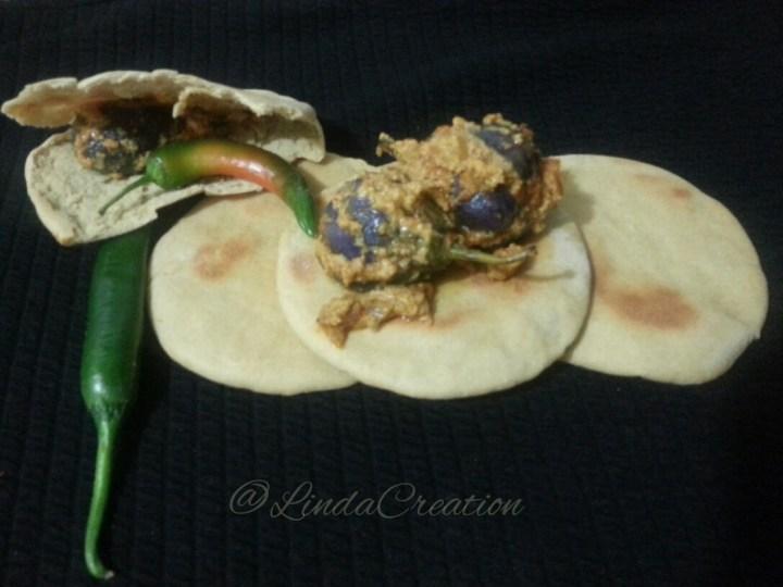 Aubergine (Brinjal) with Tandoori Roti