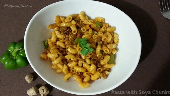 Pasta with Soya Chunk