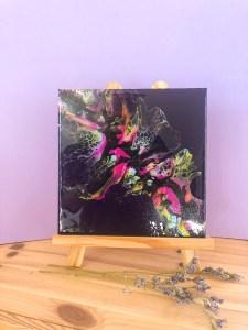 tableau abstrait art fluide violet rose jaune et bleu