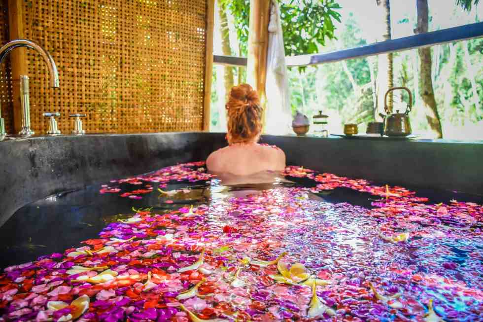 Fivelements - Balinese Flower Baths in Ubud | Linda Goes East