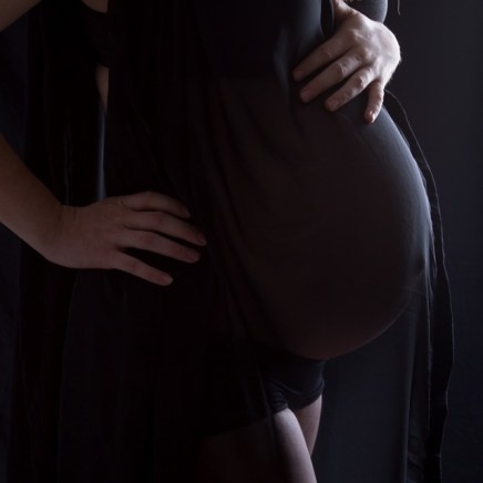 Maternity Photography by Linda Hewell Photography