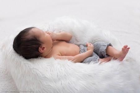 Perth Mobile Newborn Photographer 009