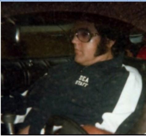 Elvis DEA STAFF logo full size photo