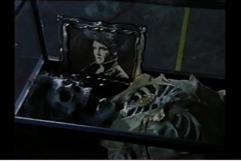 Elvis Shrine in Robocop 2 - 3rd still frame