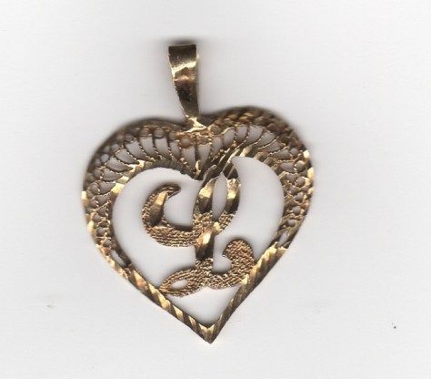 Gold initial pendant from Jesse 5-5-201620160505_0001