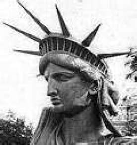 Statue-of-Liberty-black-and-white-Elvis_ba963b06
