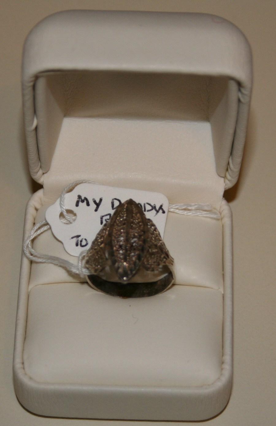 Vernon's ring to Gladys Christmas 2011.JPG