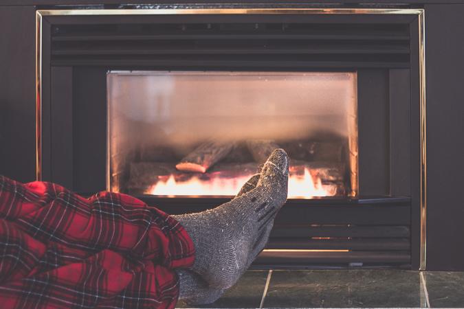 2016-12-26-fireplace-3718