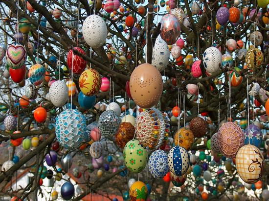 Easter Eggs in Trees - Traditions