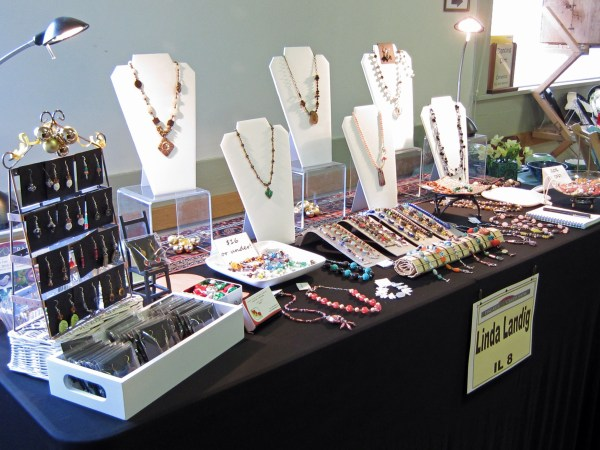 2 Tips With Craft Art Shows Linda' Bead