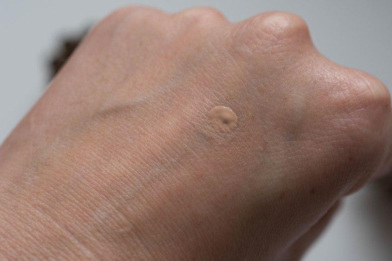 One dot of Estée Lauder Double Wear Stay in Place Concealer, unblended