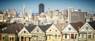panoramic view of san francisco taken at alamo sq park