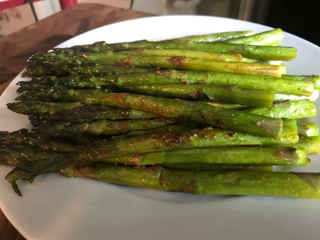 Mocha Chili Spiced Roasted Asparagus (4)