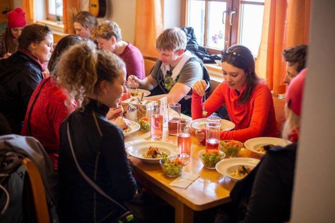 Skitouren-Schnuppertag mit Linda Meixner (c) Andreas Haller - Montafon Tourismus GmbH (9)