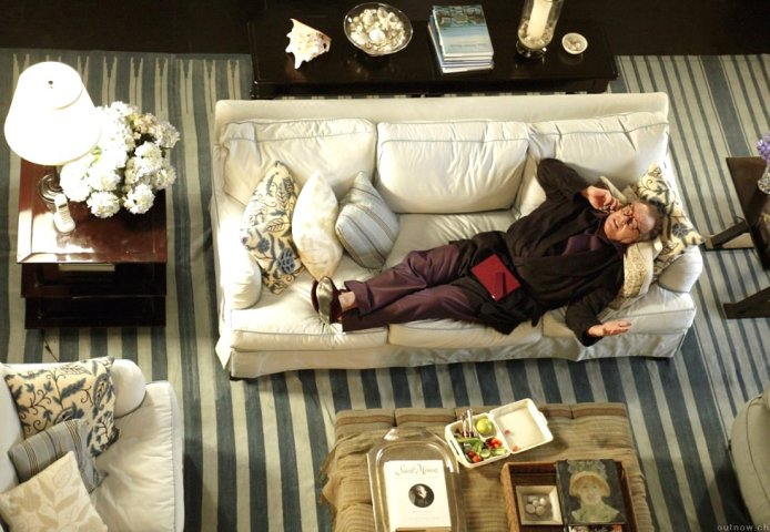 Something's Gotta Give movie living room striped rug