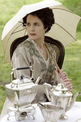 2 Outdoor Dining Downton Abbey Elizabeth McGovern Nora Tea on the lawn parasol