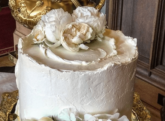 6 Royal wedding cake Claire Ptak Meghan and Harry wedding reception