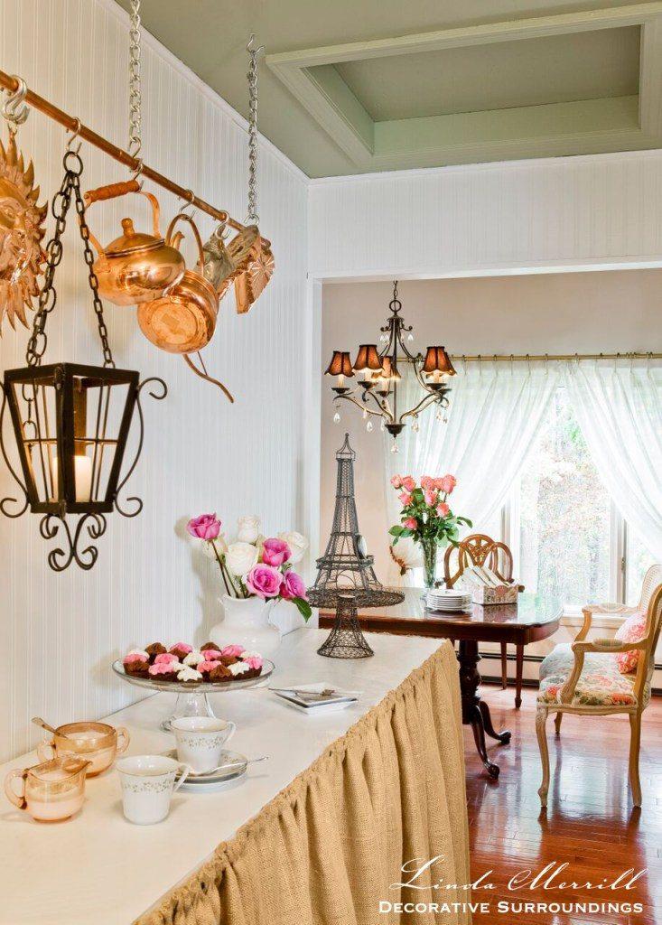 Linda Merrill Design dining banquettes settees