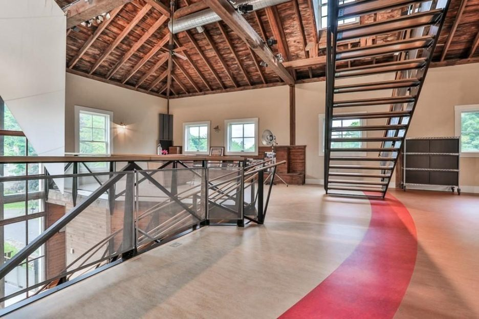 Newburyport modern carriage house conversion Andrew Sidford Architect interior 4